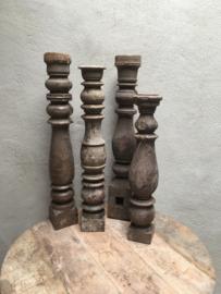 Origineel oude houten baluster landelijk kandelaar stoer voet