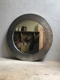 Ruw nikkel nickel metalen spiegel Rond 60 cm ronde industrieel modern strak eenvoudig sober landelijk mat