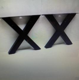 Stoer oud Teakhouten tafelblad blad landelijk 220 X 100 met zwarte X poten