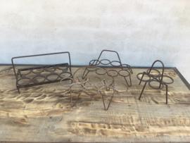 Oude metalen theeglashouder dienblad glazenhouder brocant landelijk industrieel vintage metaal