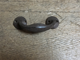 Gietijzeren handgreepje greepje deurknop  handvat bruin landelijk boerengreepje