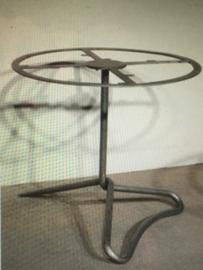 Smeedijzeren tafelonderstel ijzer metaal metalen tafel poot voet (tuintafel) rond 77 cm 74 cm hoog
