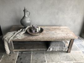 Landelijke vergrijsd houten salontafel tafel met onderplank aura Peeperkorn 150 x 60 x H46 cm