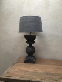 Oude grijs antraciet houten balusterlamp voet lampevoet hout landelijk stoer