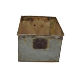 Metalen bak tray ijzeren trog la lade landelijk grijsbruin industrieel vintage oud metaal