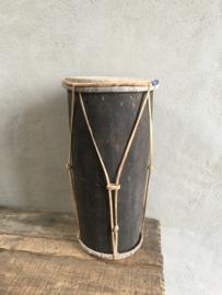 Originele oude trommel met leer vintage oud decoratie landelijk