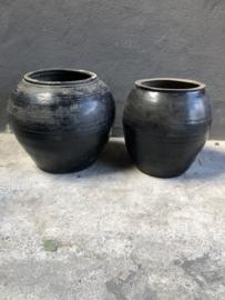 Prachtige grote zwarte grijze stenen kruik pot landelijk stoer  industrieel grijs zwart steen
