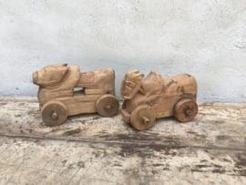 Oude houten heilige koe beeldjes nandi beeldje beeld speelgoed vintage oosters industrieel landelijk doorleefd oud hout