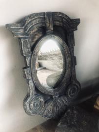 Stoere grijs vergrijsd houten spiegel spiegeltje osseoog oeuil de boeuf landelijk stoer