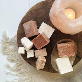 Bruine amberblokjes amberblokje huisparfum