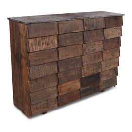 Stoere oude trucwood houten ladenkast ladekast Bassano met metalen blad landelijk stoer industrieel urban shabby vintage 147 x 41 x 111 cm