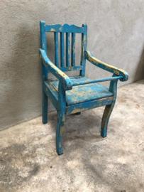 Leuke oude houten kinderstoel vintage blauw po oud landelijk stoeltje