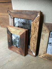 Stoer sloophouten lijst lijstje fotolijstjes Fotolijstje A6 28 x 24 cm oud hout landelijk vintage industrieel oude houten fotolijst A6