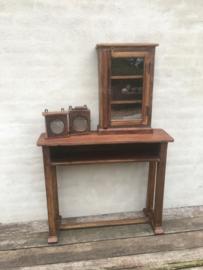 Leuke brocante oude houten vitrinekastje kastje showkastje klokkast vintage landelijk industrieel