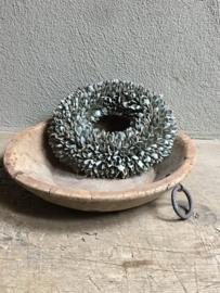 Oude houten schaal bak kom landelijk stoer metalen ringen handvaten stoer industrieel