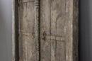 Prachtige vergrijsd houten dubbele deur deuren in kozijn. met origineel oud beslag 206 x 140 x 11 cm landelijk stoer paneel wanddecoratie gebruik