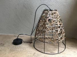 Metalen lamp hanglamp met leren veter koord vintage landelijk retro industrieel urban grijs bruin