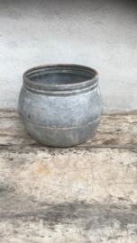 Zinken pot bloempot bak schaal stoer grijs landelijk stoer industrieel grijs