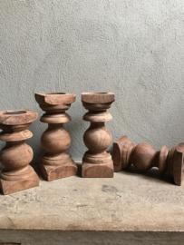 Oude naturel houten baluster console S kandelaar landelijk vintage robuust pilaar sokkel stoer