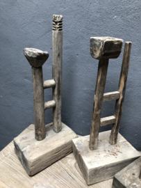 Oude houten kandelaar ornament bakje schaaltje landelijk stoer robuust hout