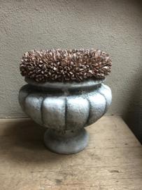 Betonnen pot bak tuinvaas beton grijs landelijk bloempot bloembak