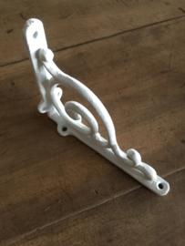 Gietijzeren schapdrager plankdrager beugel klein gebogen wit witte Classic krul planken steun plankensteun beugel haak hoek plat industrieel