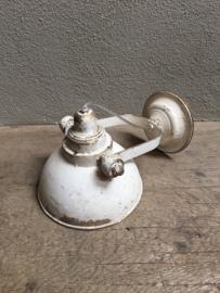 Industriële metalen spot spotje spots lamp wit witte old oud oude look wandlamp landelijke stijl stoer white kap metaal verstelbaar landelijk stoer vintage