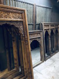 Groot Oud houten lijst sierlijst kozijn 123 x 79 cm spiegel venster paneel landelijk Oosters  tempellijst