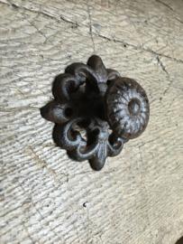 Gietijzeren deurknop classic klassiek greep greepje handvat handgreep handgreepje gietijzer bruin landelijk deurknopje