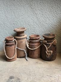 Oude houten Nepal kruik pot kruikje potje hout landelijk stoer touw vintage