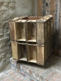 Groot houten wijnrek drankenkast drankenrek bier op wieltjes kan rond draaien 20 flessen baksteenmallen brickmold landelijk stoer industrieel