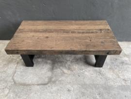 Stoere houten salontafel teakhouten teakhout houten blad 120 x 60 cm bassano ijzeren onderstel landelijk stoer industrieel
