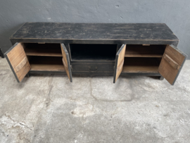 Oud zwart olmen olm wood houten dressoir tv meubel 178 x 45 xH57 cm kast televisiemeubel vol massief hout landelijk industrieel robuust oud zwart hout vintage sidetable hout
