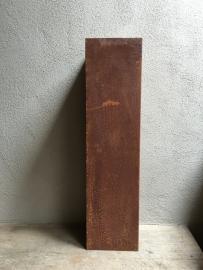 Plaatstaal zuil sokkel 80 x 20 x 20 cm plaatstalen metalen ijzeren metaal ijzer pilaar roest landelijk strak kolom colom