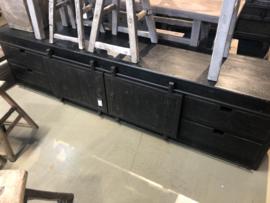 Stoer industrieel zwart antraciet grijs landelijk televisiemeubel 240 cm televisiekast kast dressoir schuifdeuren lades schuifdeurtjes sidetable sideboard metaal hout vergrijsd