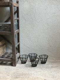 Stoer metalen theelichtje industrieel landelijk Brocant metaal kandelaar vintage urban korf korfje