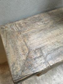Prachtig oud unieke vergrijsd houten dressoir sidetable ladenkast landelijk rustiek Tibetaans Tibet deurtjes lades stoer hout houten 288 cm