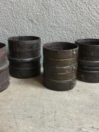 Oude metalen beker bakje industrieel metaal stoer landelijk pot potje vintage klein