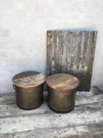 """Stoere bijzettafel bijzettafeltje bijzettafeltjes ton tonnetje metaal hout industrieel landelijk urban vintage """"oud vat olieton olievat """" look met houten blad"""