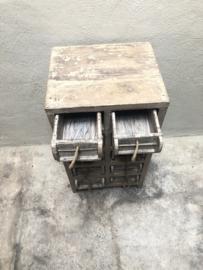 Oud houten 10 ladenkast ladenkastje ladekastje kast baksteenmal baksteenmallen brickmal brickmals kastje Vakkenkast grutterskast landelijk stoer industrieel grof ruw hout