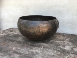 Oude zinken bak schaal kom kruik ketel landelijk industrieel oud metalen vintage