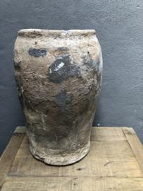 Oude stenen pot kruik vaas landelijk stoer