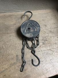 Metalen ijzeren lier katrol spoel klos ketting industrieel landelijk 50 cm pulley grijs stoer metaal