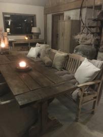 Lange oude vergrijsd houten bank eetkamertafelbank stationsbank lounge tuinbank 270 cm landelijk sober stoer