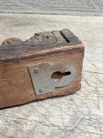 Oud houten kapstok haak wandkapstok landelijk hout stoer landelijk stoer vintage