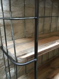 metalen met houten wandrek 3 legplanken bakkersrek bakkerswandrek handdoekenrek schap kapstok landelijk industrieel