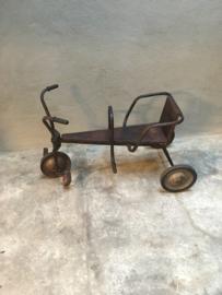 Origineel oud riksja kinderfiets driewieler kinderfietsje zitje industrieel vintage landelijk brocant