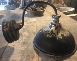 Zwart metalen Wandlamp landelijk stoer robuust lamp stallamp