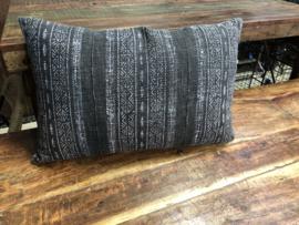 Prachtig groot grijs wit zwart krijt krijtstreep kussen kussens 80 x 40 cm