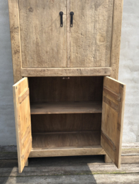 Prachtige grote oud houten kast servieskast keukenkast linnenkast boekenkast landelijk stoer sober